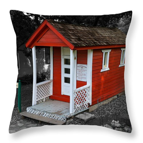 Heritage Junction & Saugus Train Station Little Throw Pillow featuring the photograph Little Red School House by Richard J Cassato