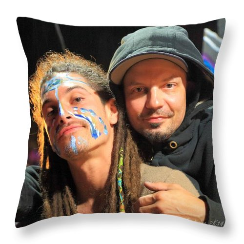 Live Artists Rw2k14 Throw Pillow featuring the photograph Live Artists Rw2k14 by PJQandFriends Photography
