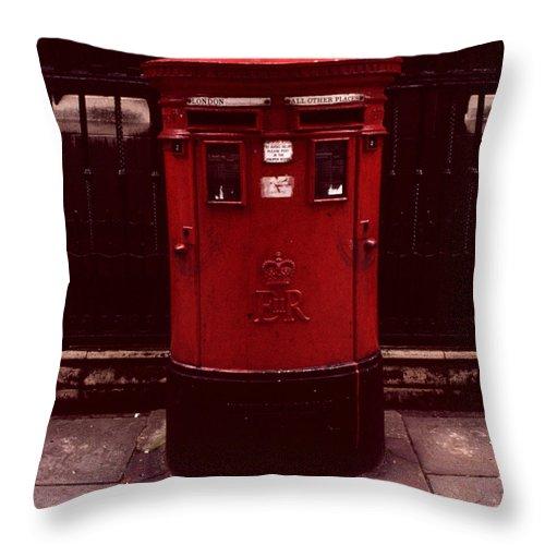 London Throw Pillow featuring the photograph London Post Box 2 by David Hohmann