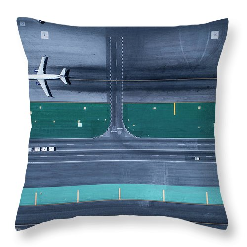 California Throw Pillow featuring the photograph Los Angeles International Airportlax by Michael H