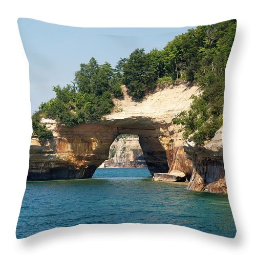 Lovers Leap Throw Pillow featuring the photograph Lovers Leap by Melissa McDole