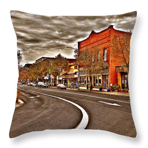 Pullman pillow
