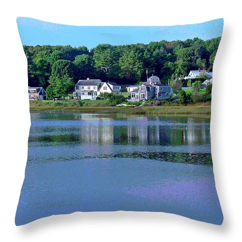 Maine Throw Pillow featuring the photograph Maine Lakefront by Suzanne Gaff