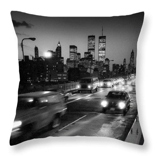 Brooklyn Bridge Throw Pillow featuring the photograph Manhattan Skyline Dusk 1980s by Gary Eason