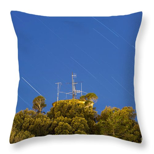 Radio Throw Pillow featuring the photograph Marconi Radio Tower by Mats Silvan