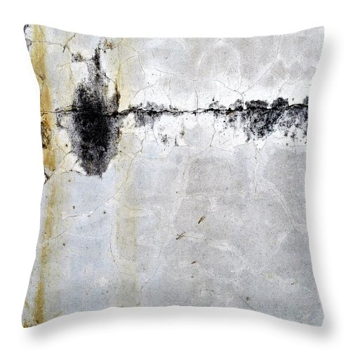 Wall Abstract Throw Pillow featuring the digital art Maria Huntley 32 by Maria Huntley