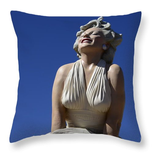 Marilyn Monroe Throw Pillow featuring the photograph Marilyn Monroe Statue 2 by Bob Christopher