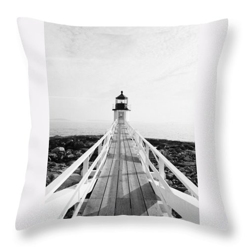Marshall Point Throw Pillow featuring the photograph Marshall Point Approach - Black And White by IMH Photog