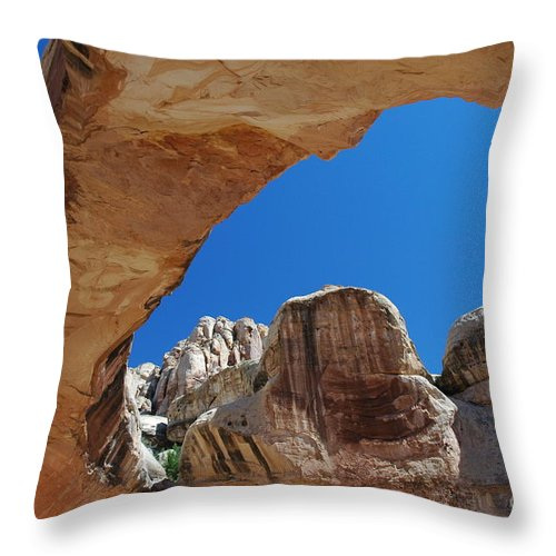 Massive Arch Throw Pillow featuring the photograph Massive Arch 1 by Allen Beatty