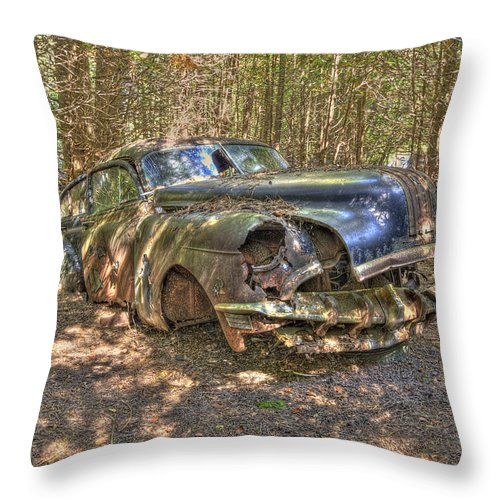 Mclean Auto Wrecker Throw Pillow featuring the photograph Mcleans Auto Wrecker - 11 by Paul Cannon