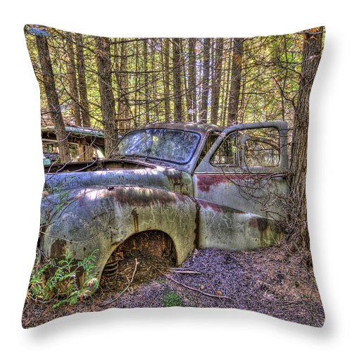 Mclean Auto Wrecker Throw Pillow featuring the photograph Mcleans Auto Wrecker - 3 by Paul Cannon