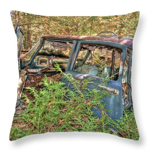 Mclean Auto Wrecker Throw Pillow featuring the photograph Mcleans Auto Wrecker - 4 by Paul Cannon