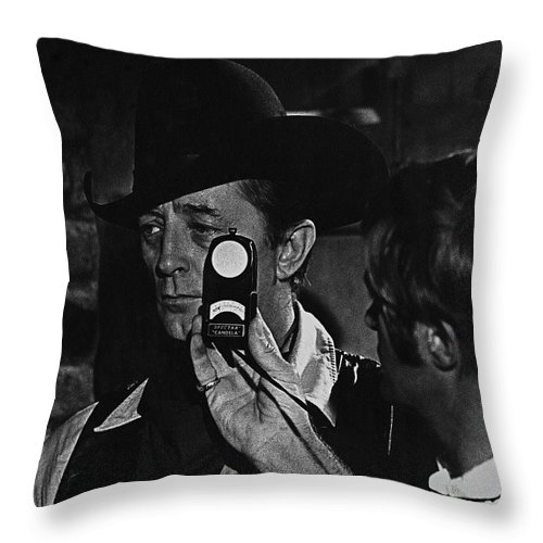 Mcq And Rooster Cogburn Homage Robert Mitchum And Harry Stradling Jr Taking Light Reading Black And White Old Tucson Arizona Young Billy Young Set Throw Pillow featuring the photograph Mcq And Rooster Cogburn Homage Robert Mitchum And Harry Stradling Jr by David Lee Guss