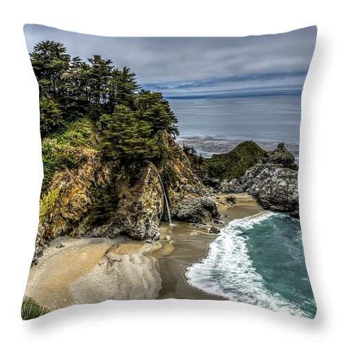 Landscape Throw Pillow featuring the photograph Mcway Falls by Maria Coulson