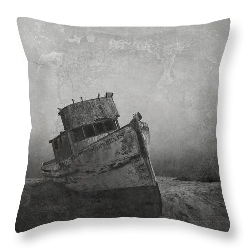 Abandoned Throw Pillow featuring the photograph Memories Left At Sea by Alan Kepler
