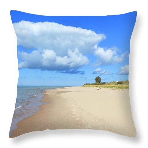 Lake Michigan Throw Pillow featuring the photograph Michigan Lake Shore by Espiegle