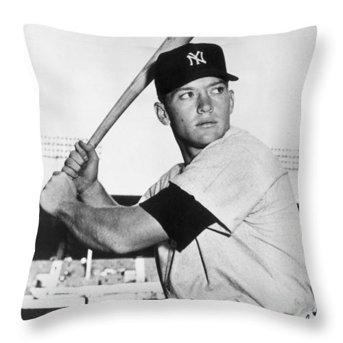 Mickey Throw Pillow featuring the photograph Mickey Mantle At-bat by Gianfranco Weiss