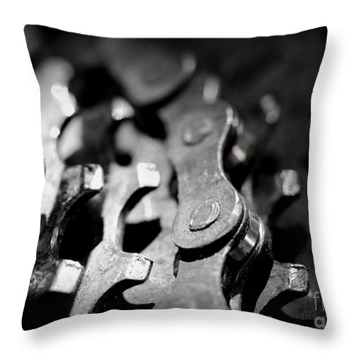 Bike Throw Pillow featuring the photograph Middle Gear by Kenny Glotfelty
