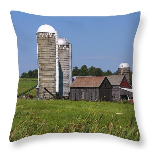 Vermont Throw Pillow featuring the photograph Middlebury Vermont Barn by Deborah Benoit
