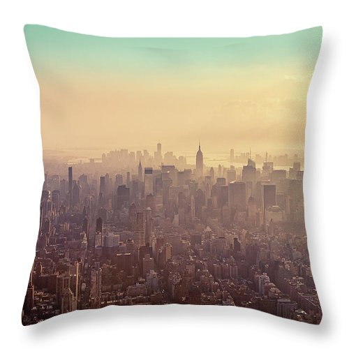 Outdoors Throw Pillow featuring the photograph Midtown Manhattan At Dusk by Matthias Haker Photography