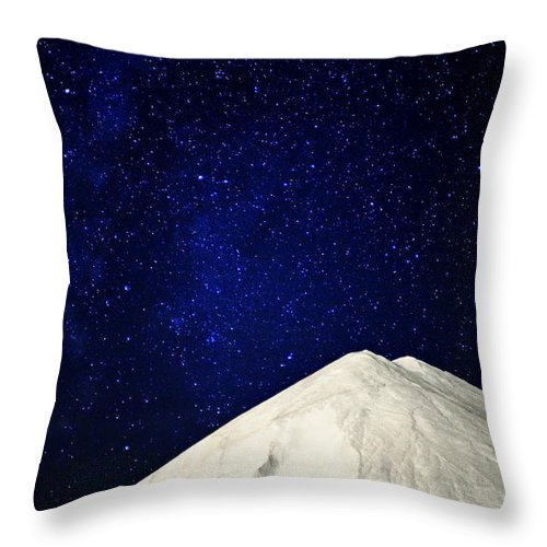 Milky Way Throw Pillow featuring the photograph Milky Way Above White Mountain by Charline Xia