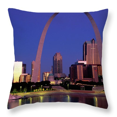 Arch Throw Pillow featuring the photograph Mississippi River And Gateway Arch At by John Elk