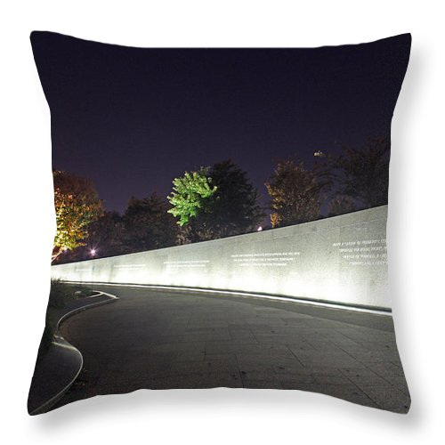 Martin Luther King Jr. Memorial At Night Throw Pillow featuring the photograph Mlk Memorial0379 by Carolyn Stagger Cokley