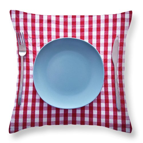 Empty Throw Pillow featuring the photograph Modern Blue Plate On Red Checkered by Kkong5