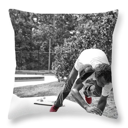 Skateboard Throw Pillow featuring the photograph Momentum by Mick Logan