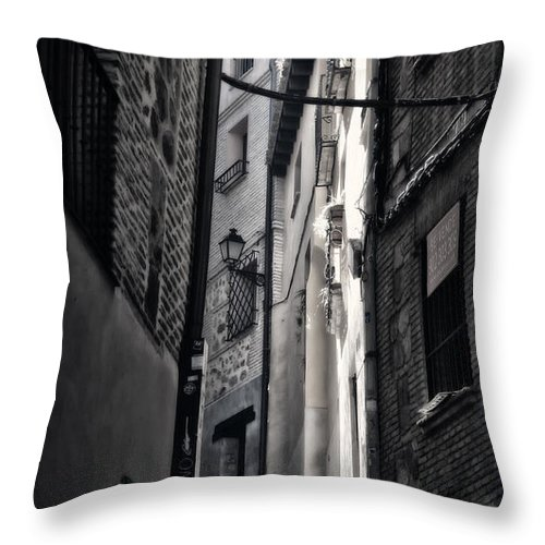 Alley Throw Pillow featuring the photograph Monday Monday by Joan Carroll