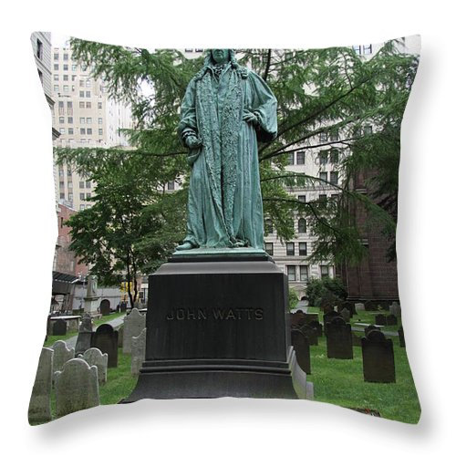 Johne Watts Sculpture Throw Pillow featuring the photograph Monument John Watts Trinity Churchyard New York by Christiane Schulze Art And Photography
