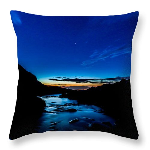 Landscape Throw Pillow featuring the photograph Moon Star by Steven Reed