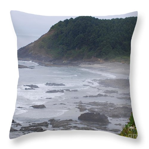 Oregon Throw Pillow featuring the photograph Morning On The Beach by Sharon Elliott