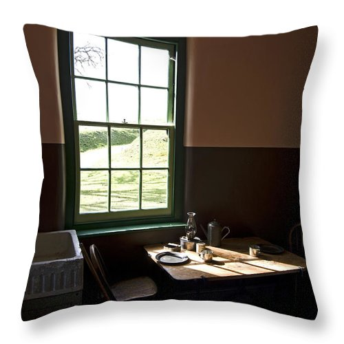Old Style Kitchen Throw Pillow featuring the photograph Morning Sunshine by Rob Mclean