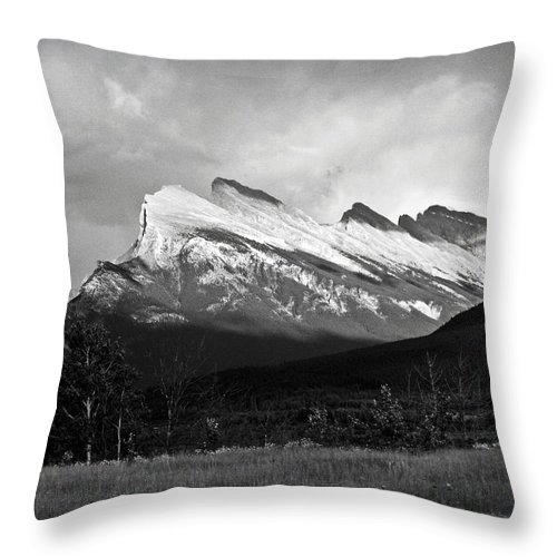 Black And White Throw Pillow featuring the photograph Mount Rundle At Banff National Park by RicardMN Photography