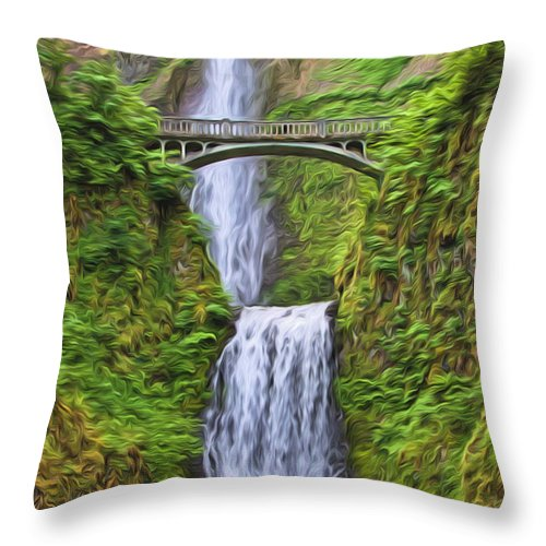 Dan Sabin Throw Pillow featuring the photograph Multnomah Falls I by Dan Sabin