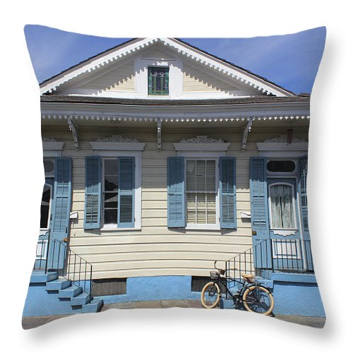New Orleans Throw Pillow featuring the photograph New Orleans 35 by Carlos Diaz