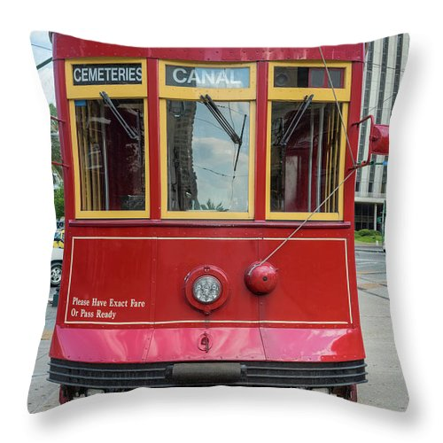 Hinge Throw Pillow featuring the photograph New Orleans Streetcar Heading Straight by Drnadig