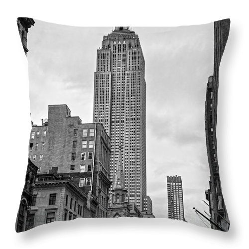 America Throw Pillow featuring the photograph New York City - Usa by Luciano Mortula
