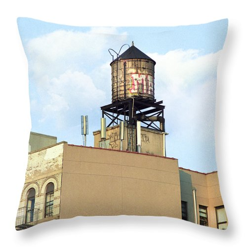 Water Towers Throw Pillow featuring the photograph New York City Water Tower 4 - Urban Scenes by Gary Heller