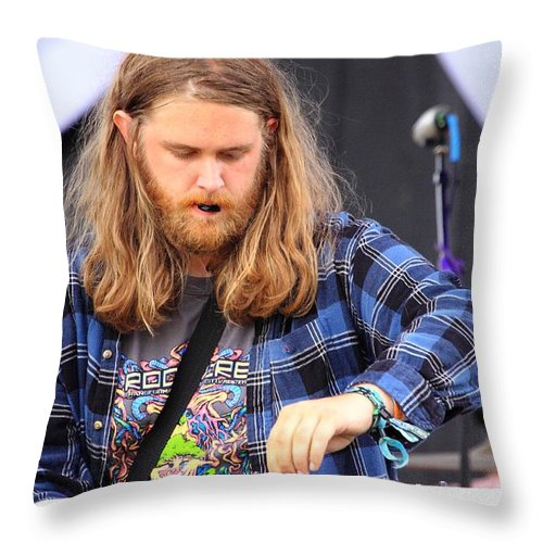 Nick Of Nevele Rw2k14 Throw Pillow featuring the photograph Nick Of Nevele Rw2k14 by PJQandFriends Photography