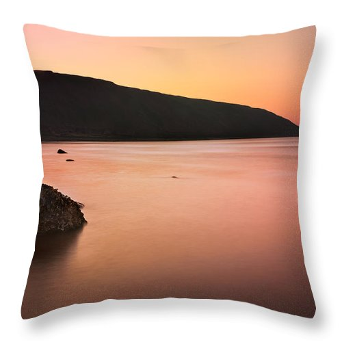 Bay Throw Pillow featuring the photograph North Sea by Svetlana Sewell