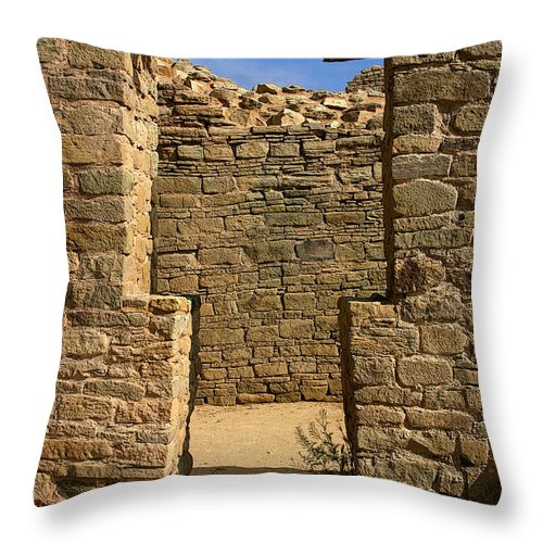 Aztec Ruins Throw Pillow featuring the photograph Notched Doorway by Joe Kozlowski