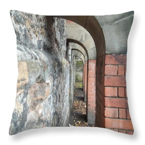 Nottingham Throw Pillow featuring the photograph Nottingham Flying Buttresses by James Potts