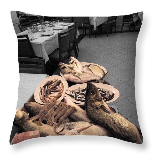 Nuovo La Spezia Catch Of The Day Throw Pillow featuring the photograph Nuovo La Spezia Catch Of The Day by William Fields
