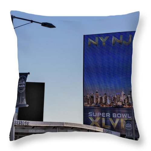 Super Bowl Throw Pillow featuring the photograph Ny Nj Super Bowl Xlviii by Susan Candelario