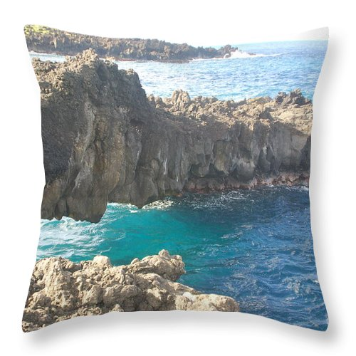 Rocks Throw Pillow featuring the photograph Ocean Arch by Mark Thompson