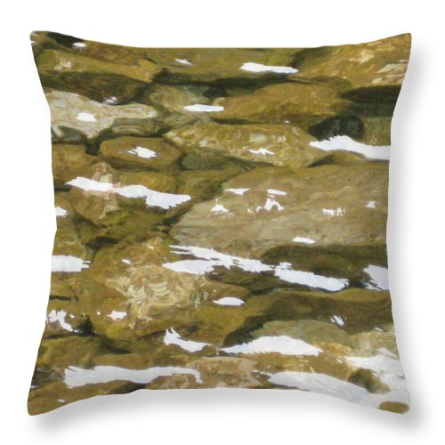 Ocoee River Throw Pillow featuring the photograph Ocoee River by Robin Vargo