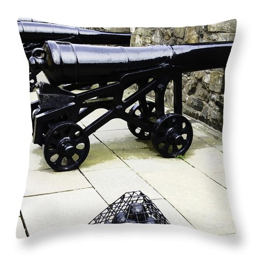 Action Throw Pillow featuring the digital art Oil Painting - Tourists And Cannons With Ammunition At The Wall Of Stirling Castle by Ashish Agarwal