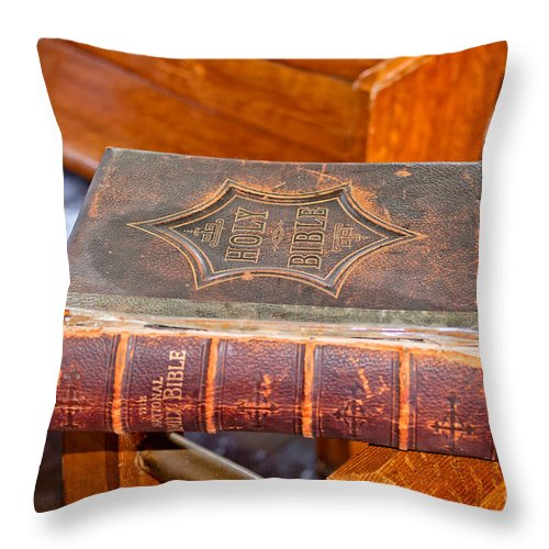Old Throw Pillow featuring the photograph Old Bible by Les Palenik